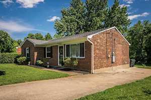 10114 Merioneth Dr Louisville, KY 40299