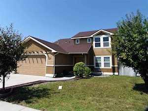 1477 NE Cinder Loop Mountain Home, ID 83647