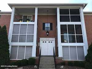 905 Donard Park Ave Louisville, KY 40218