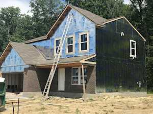 458 Redcrest Dr Shepherdsville, KY 40165