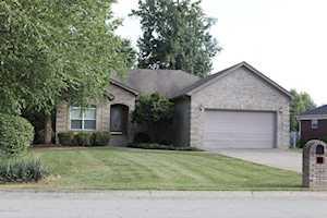 462 Beechwood Ave Shepherdsville, KY 40165