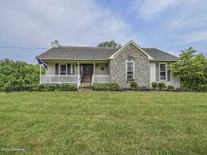 7600 Commonwealth Dr Crestwood, KY 40014