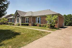 9503 Elk Hill Ct Louisville, KY 40299