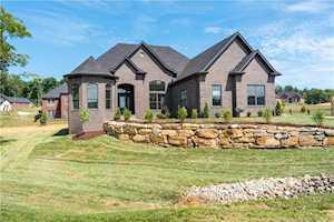 1302 Cedar Chase Drive Lanesville, IN 47136