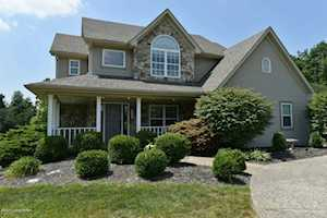 4800 Grand Dell Dr Crestwood, KY 40014