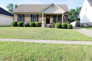6711 North Dr Louisville, KY 40272
