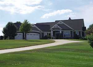 11339 Fishers Pond Middlebury, IN 46540