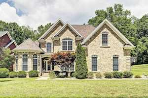 12514 Valley Pine Dr Louisville, KY 40299