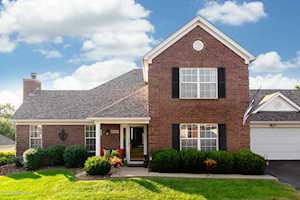 8205 Eagle Creek Dr Louisville, KY 40222