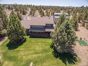 23236 Chisholm Trail Bend, OR 97702