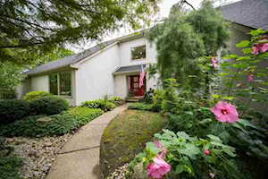 901 Squire Hill Ct Crescent Springs, KY 41017