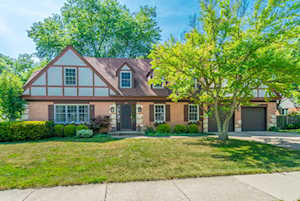 1010 Woodbine Ln Northbrook, IL 60062