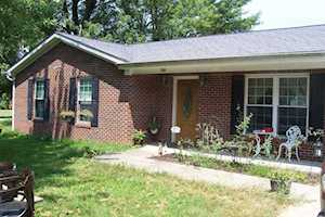 102 Old Leitchfield Dr Clarkson, KY 42726
