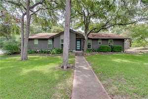 4601 Canyonwood Dr Austin, TX 78735