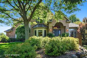 114 Governors Way Hawthorn Woods, IL 60047