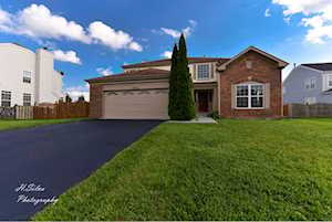 10735 Great Plaines Dr Huntley, IL 60142