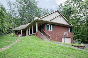 914 Big Springs Dr Shepherdsville, KY 40165