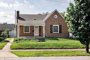 1008 Hess Ln Louisville, KY 40217