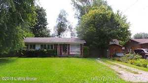 6403 Greenview Dr Louisville, KY 40216