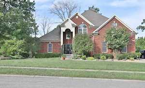 111 Chestnut Glen Dr Louisville, KY 40245