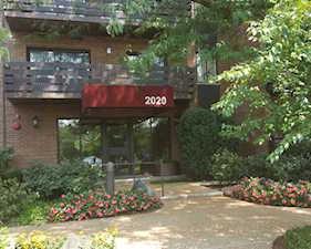 2020 Chestnut Ave #205 Glenview, IL 60025