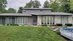 4602 Lake Forest Drive Charlestown, IN 47111