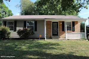 109 Prairie Dr Louisville, KY 40229