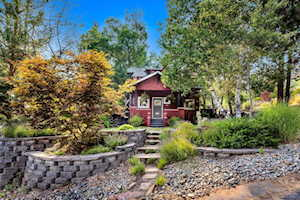 1685 NW 4th Street Bend, OR 97703