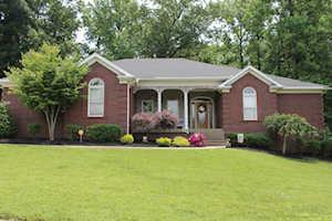3433 Hardwood Forest Dr Louisville, KY 40214