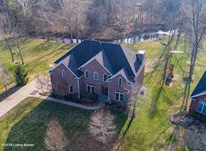 7508 Meadow Stream Ct Crestwood, KY 40014