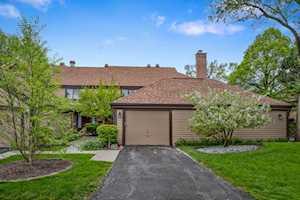 1274 Farnsworth Lane Buffalo Grove, IL 60089