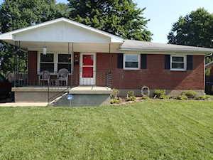 3807 Oakleaf Ln Louisville, KY 40219