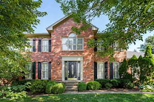 1807 Chaucer Ct Louisville, KY 40220