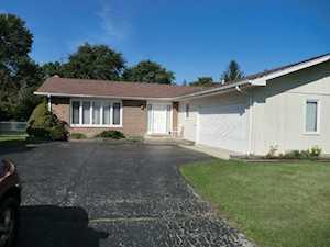 6722 Clarendon Hills Rd Darien, IL 60561