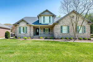 1107 Bentwood Place Ct Louisville, KY 40207