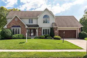 12221 Geist Cove Drive Lawrence , IN 46236