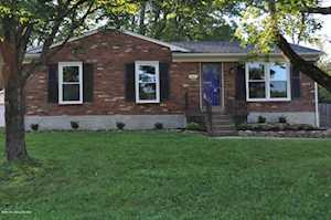5215 Sprucewood Dr Louisville, KY 40291