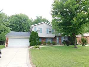 7617 Cove Dr Louisville, KY 40291