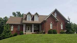1221 Pin Oak Dr Taylorsville, KY 40071