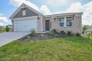 208 Masons View Ct Shelbyville, KY 40065