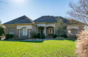 4212 Ashleywood Ct Louisville, KY 40241