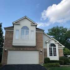 137 Manchester Ct Buffalo Grove, IL 60089