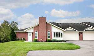 5026 Woodridge Lake Blvd Louisville, KY 40272