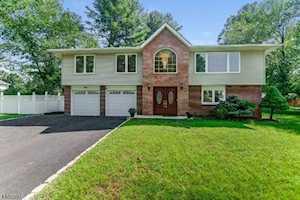 24 Phyldan Rd East Hanover Twp., NJ 07936