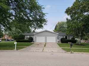 1484 Todd Farm Dr Elgin, IL 60123
