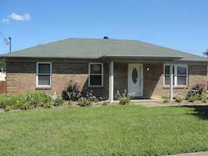 226 Big Oaks Dr Louisville, KY 40229