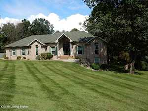 289 White Tail Cir Shepherdsville, KY 40165
