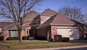 2651 E Yarmouth Ct Arlington Heights, IL 60004
