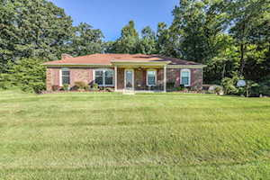 5810 Pine Mountain Dr Louisville, KY 40214