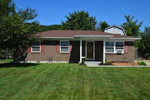 158 North St Shepherdsville, KY 40165